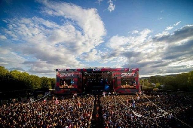 Mỗi năm lễ hội Sziget thu hút khoảng 350.000 - 400.000 người tham dự