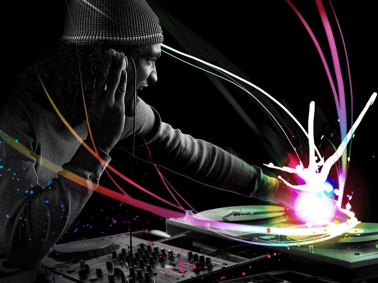 1920x1440 Music - DJ Wallpaper