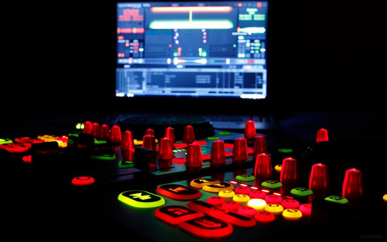 1920x1200 DJ Wallpaper Laptop HD
