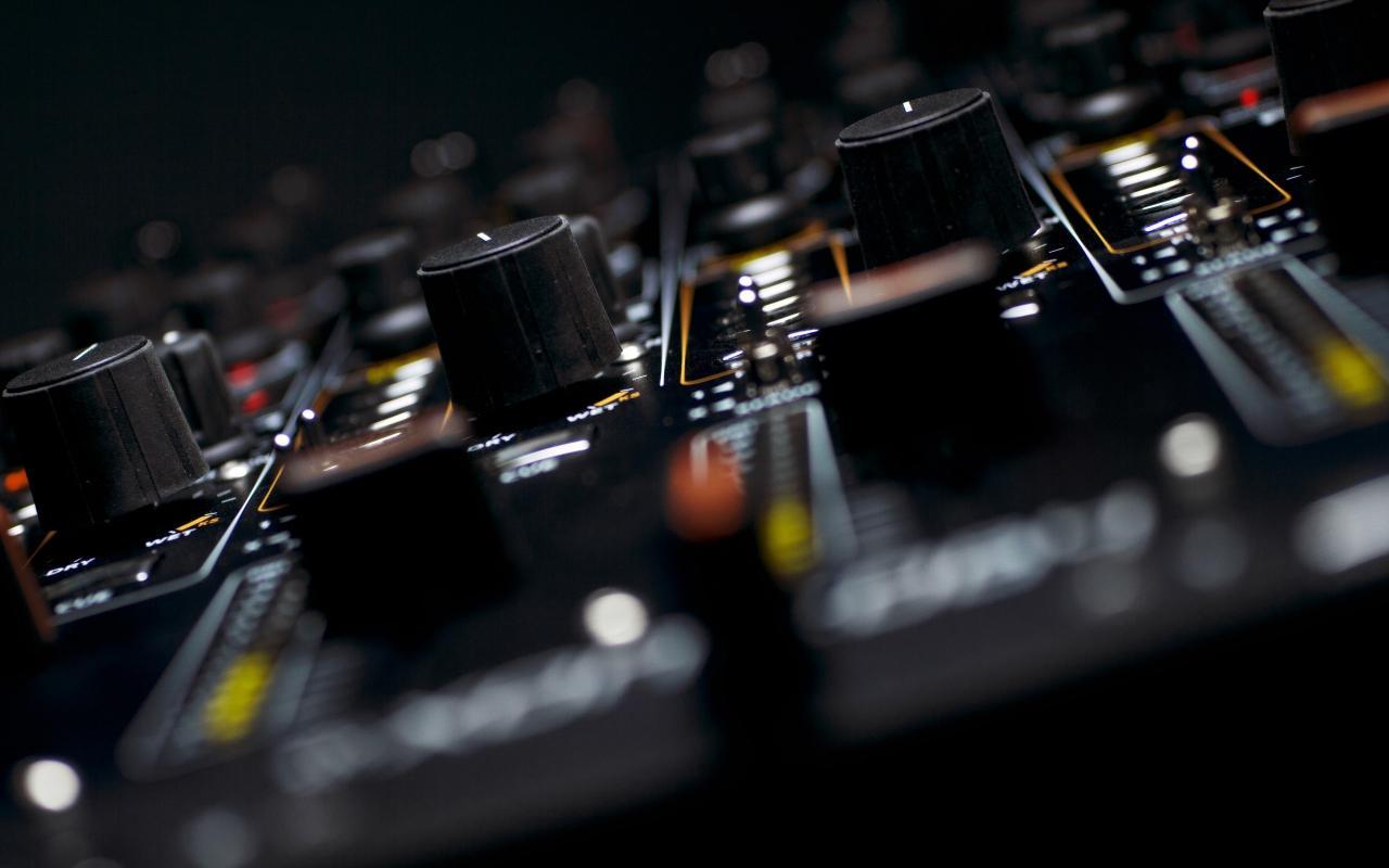 2560x1600 Music electronics dj allen and heath equipment wallpaper