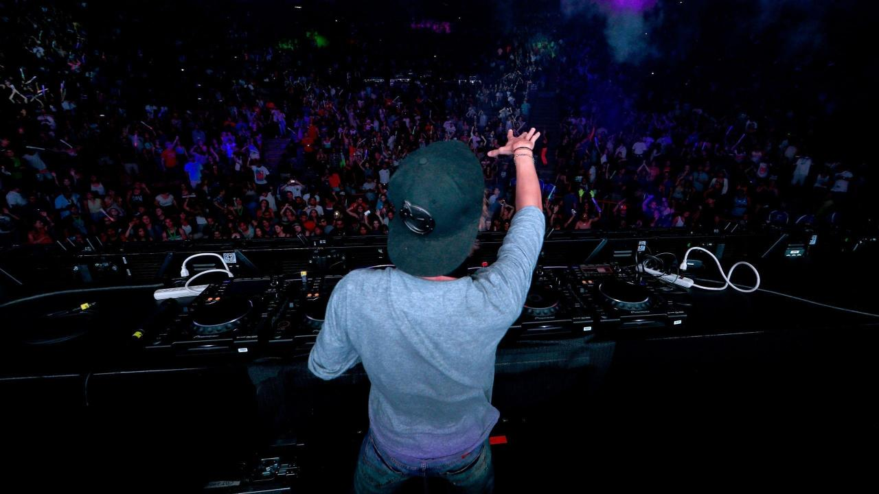 2560x1440  Music Dj, Avicii, Party, Dj Music Party Wallpapers and .